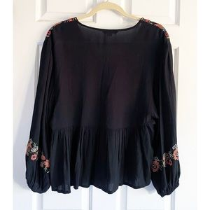 American Eagle Embroidered Floral Bohemian Top